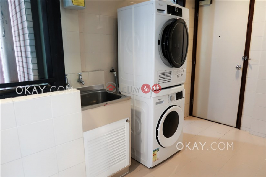 HK$ 83,000/ 月-帝景園中區3房2廁,星級會所,可養寵物,連車位《帝景園出租單位》