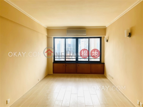 Efficient 3 bedroom in Mid-levels East | For Sale|Block B Grandview Tower(Block B Grandview Tower)Sales Listings (OKAY-S7959)_0