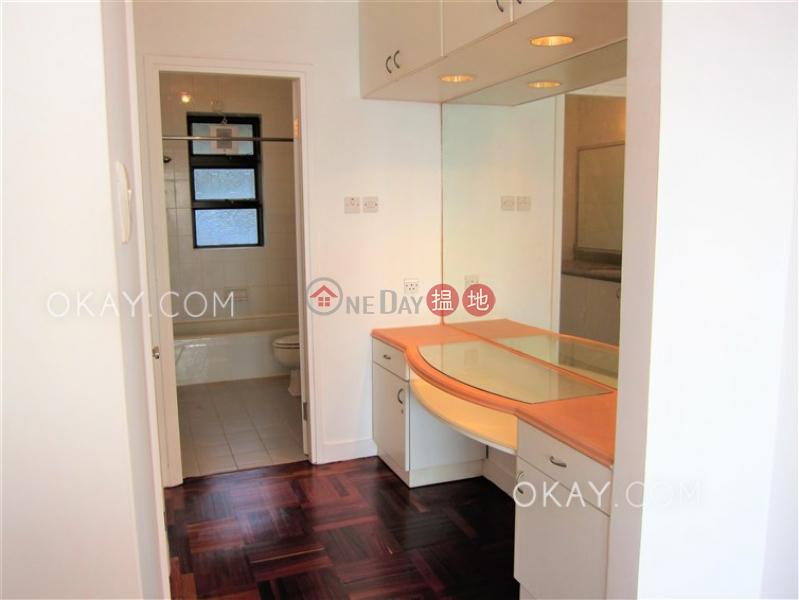 香港搵樓|租樓|二手盤|買樓| 搵地 | 住宅出租樓盤-3房3廁,實用率高,星級會所,連車位《淺水灣花園大廈出租單位》