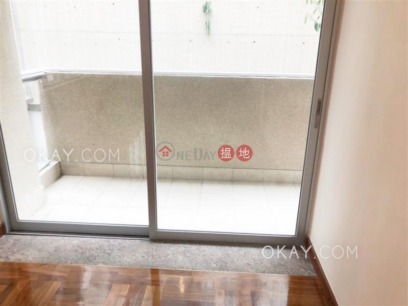 HK$ 42,000/ month Golden Fair Mansion Wan Chai District, Tasteful 4 bedroom with balcony & parking | Rental