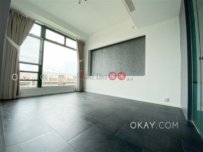 HK$ 50,000/ month Stanford Villa Block 4 Southern District Luxurious 3 bed on high floor with rooftop & parking   Rental