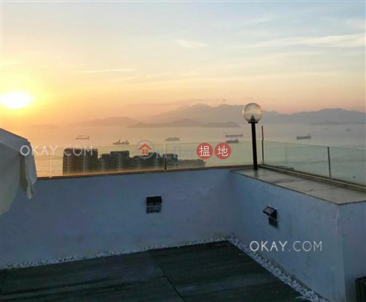 Tasteful 3 bed on high floor with sea views & rooftop | For Sale | Pokfulam Gardens Block 5 薄扶林花園 5座 Sales Listings