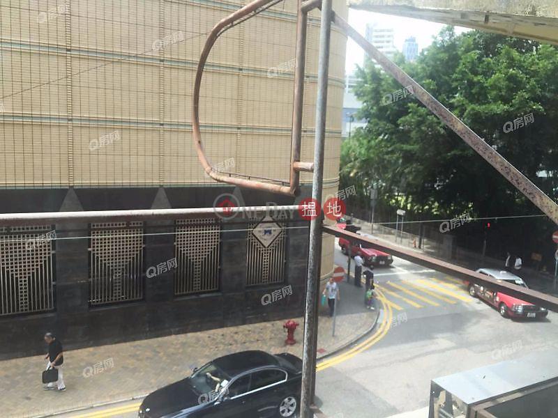 HK$ 800萬-黃泥涌道137號-灣仔區交通方便,市場罕有《黃泥涌道137號買賣盤》