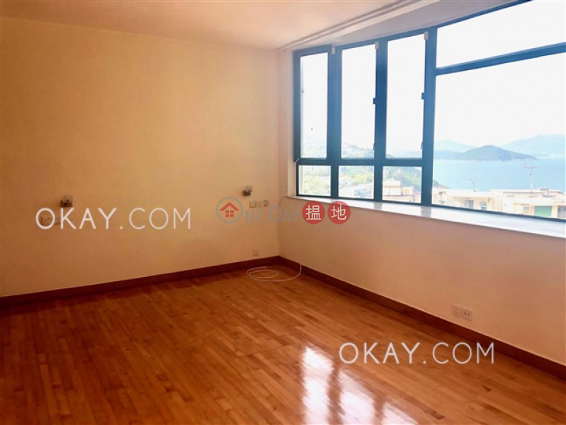 Unique house with rooftop & parking | For Sale | Golden Cove Lookout 金碧苑 Sales Listings