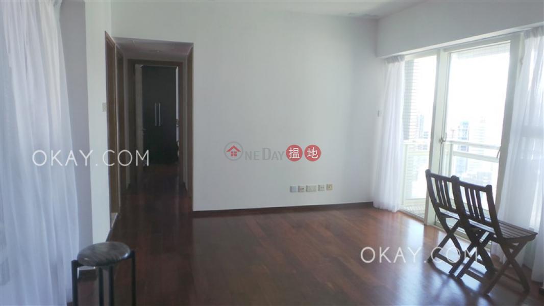 HK$ 55,000/ 月|聚賢居|中區3房2廁,極高層,星級會所,露台《聚賢居出租單位》