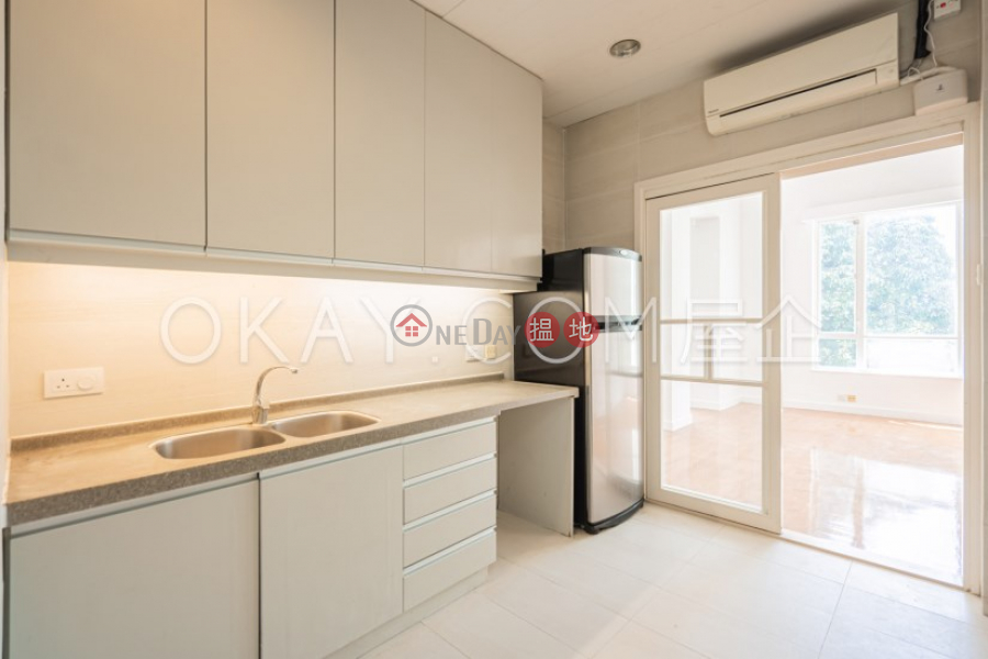 Efficient 2 bedroom with sea views, balcony   For Sale   98 Repulse Bay Road   Southern District, Hong Kong Sales HK$ 38M