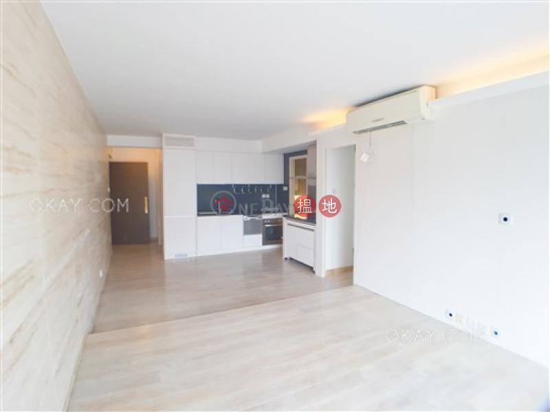 HK$ 15.38M Notting Hill Wan Chai District, Gorgeous 2 bedroom with racecourse views & terrace | For Sale