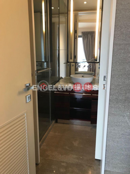 3 Bedroom Family Flat for Sale in Mid Levels West, 9 Seymour Road | Western District | Hong Kong | Sales HK$ 59M