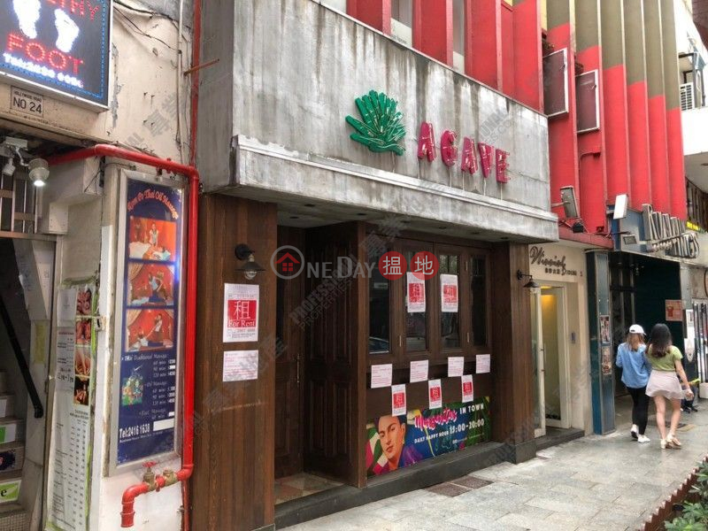 HOLLYWOOD ROAD, Winning House 永寧大廈 Rental Listings | Central District (01B0094717)