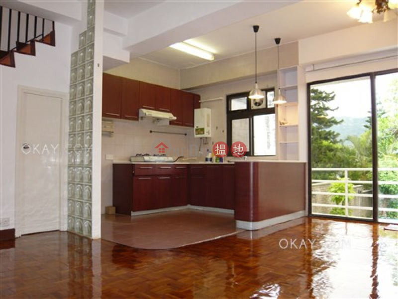Rare house with balcony & parking | Rental | Hong Lok Yuen Tenth Street 康樂園第十街 Rental Listings