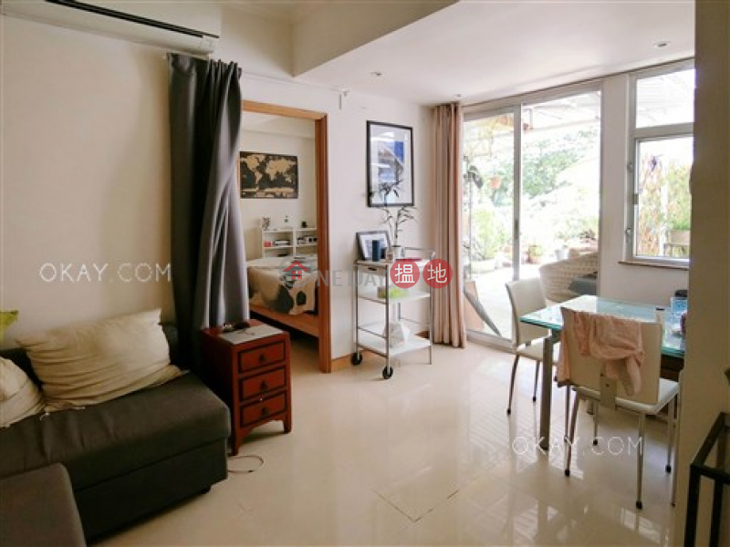 Generous 1 bedroom with terrace | For Sale 334-350 Des Voeux Road West | Western District | Hong Kong | Sales HK$ 9.35M