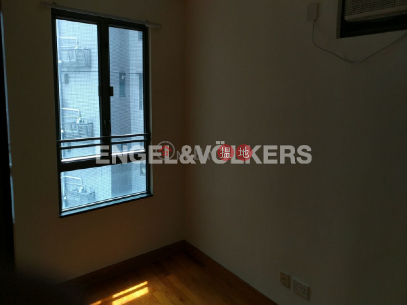 3 Bedroom Family Flat for Sale in Soho, Hollywood Terrace 荷李活華庭 Sales Listings | Central District (EVHK17243)