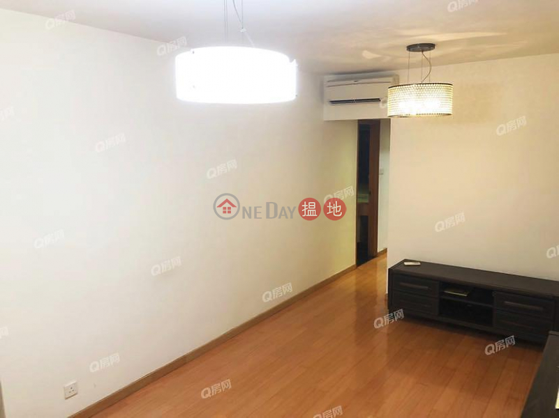 HK$ 23,800/ month | Tower 2 Island Resort | Chai Wan District, Tower 2 Island Resort | 3 bedroom Mid Floor Flat for Rent