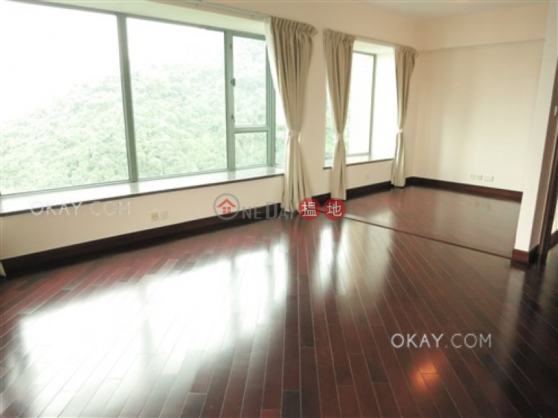Unique 3 bedroom on high floor with balcony & parking   Rental   Bowen\'s Lookout 寶雲道13號 Rental Listings