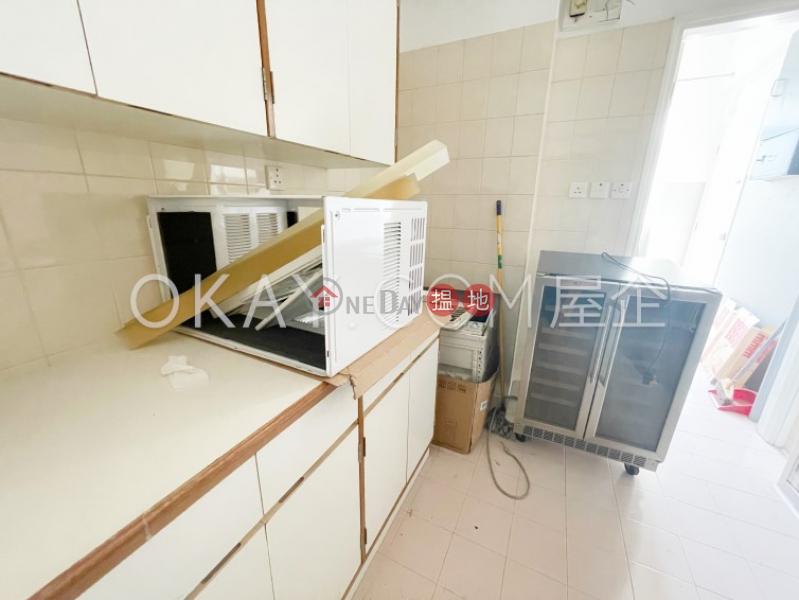 HK$ 39,900/ 月-蒲飛路 10-16 號西區-2房1廁,實用率高,連車位,露台《蒲飛路 10-16 號出租單位》