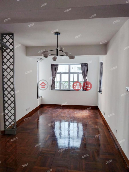 HK$ 32,000/ month Mountain View Court | Western District Mountain View Court | 2 bedroom Low Floor Flat for Rent