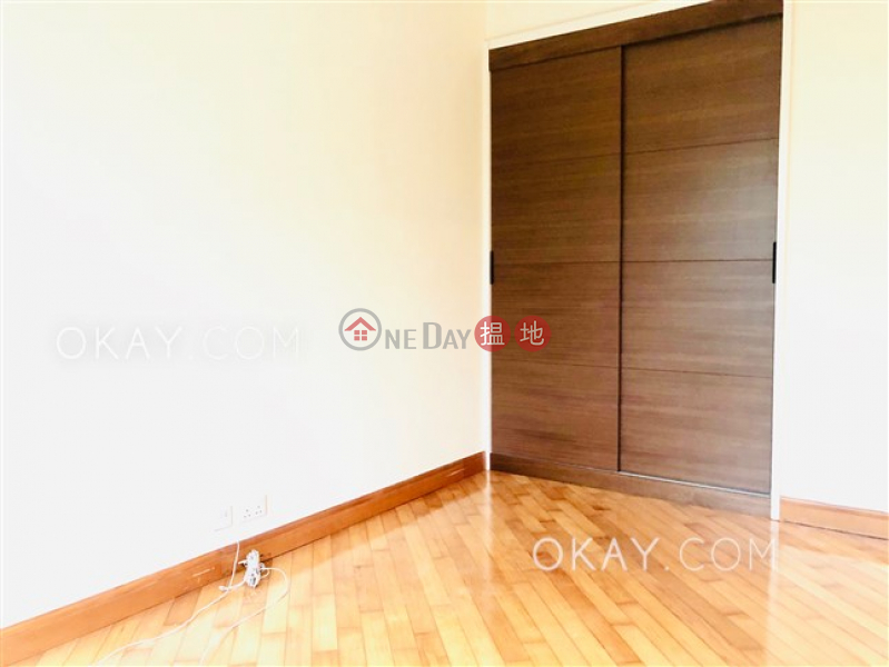HK$ 34,500/ month Phase 4 Bel-Air On The Peak Residence Bel-Air | Southern District Unique 2 bedroom with sea views & terrace | Rental