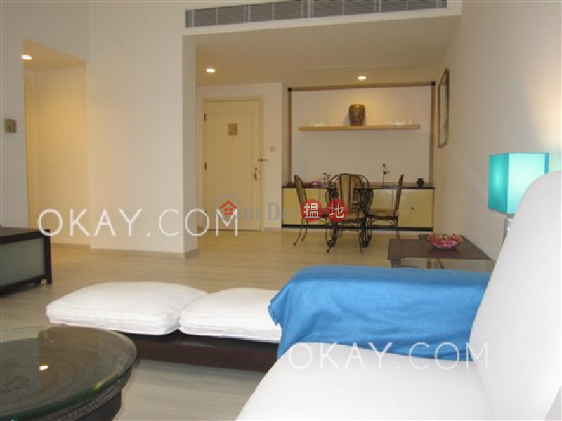 Lovely 1 bedroom on high floor | Rental, Convention Plaza Apartments 會展中心會景閣 Rental Listings | Wan Chai District (OKAY-R7931)