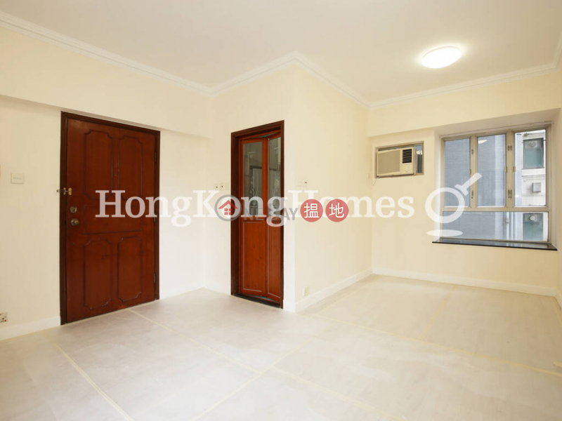 3 Bedroom Family Unit for Rent at Floral Tower 1-9 Mosque Street | Western District | Hong Kong, Rental | HK$ 26,000/ month