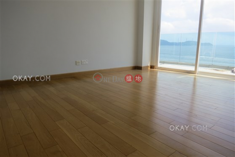 Unique 3 bedroom with terrace & parking | Rental | Phase 3 Villa Cecil 趙苑三期 Rental Listings