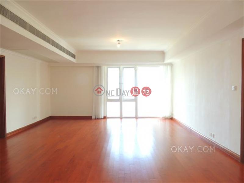 Rare 2 bedroom on high floor with sea views & balcony   Rental   Block 4 (Nicholson) The Repulse Bay 影灣園4座 Rental Listings