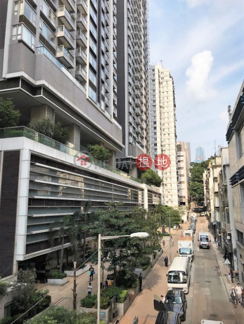 Rooftop, Open View, High Efficiency, Close to Supermarkets, Wet Markets, Bus-Stops & MTR station|48-50 Second Street(48-50 Second Street)Sales Listings (E01360)_0