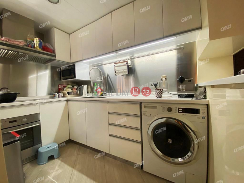 Property Search Hong Kong | OneDay | Residential Sales Listings Euston Court | 2 bedroom Mid Floor Flat for Sale