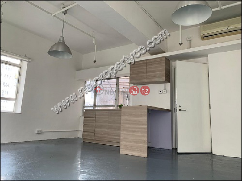 HK$ 36,000/ month Wing Hing Commercial Building Western District Loft for rent in Sheung Wan