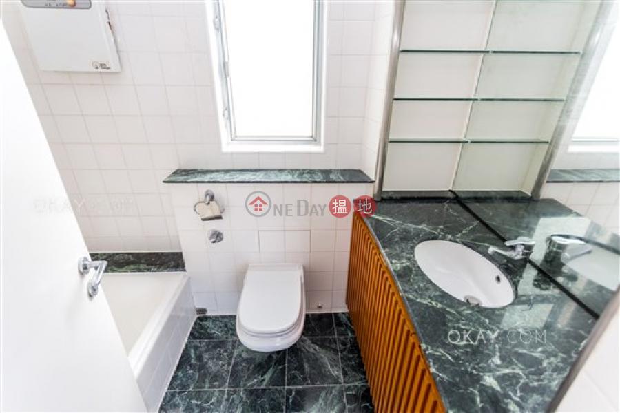 3房2廁,實用率高,連車位,露台《The Rozlyn出租單位》23淺水灣道   南區 香港出租 HK$ 60,000/ 月