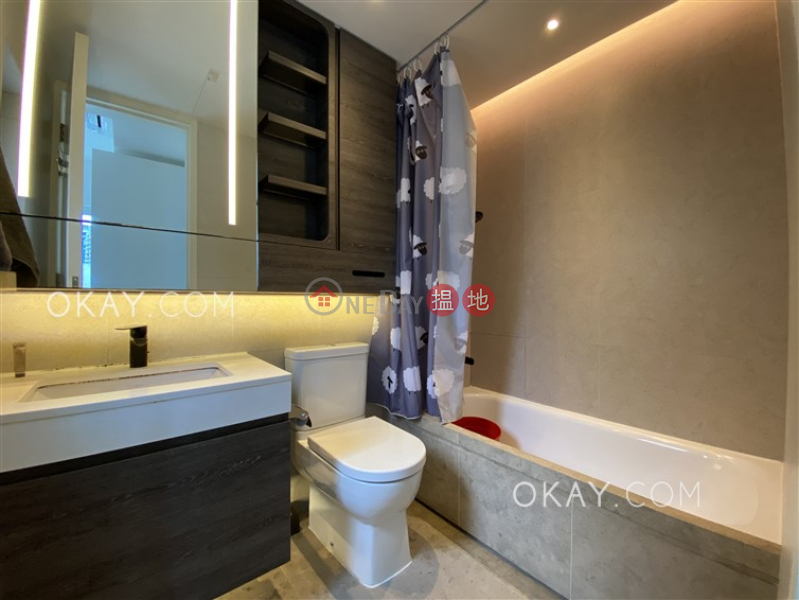 Nicely kept 3 bedroom with balcony | Rental | 321 Des Voeux Road West | Western District Hong Kong Rental, HK$ 39,000/ month