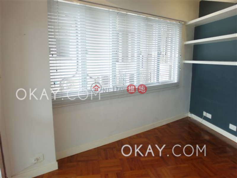 HK$ 17M | Hoi Kung Court Wan Chai District, Efficient 2 bedroom with harbour views | For Sale