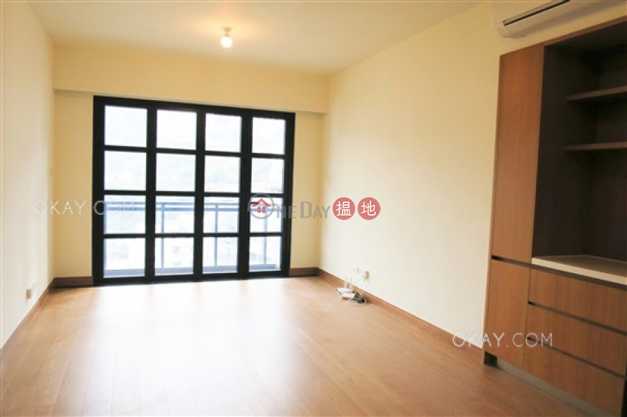 Gorgeous 2 bedroom on high floor with balcony | Rental | Resiglow Resiglow Rental Listings