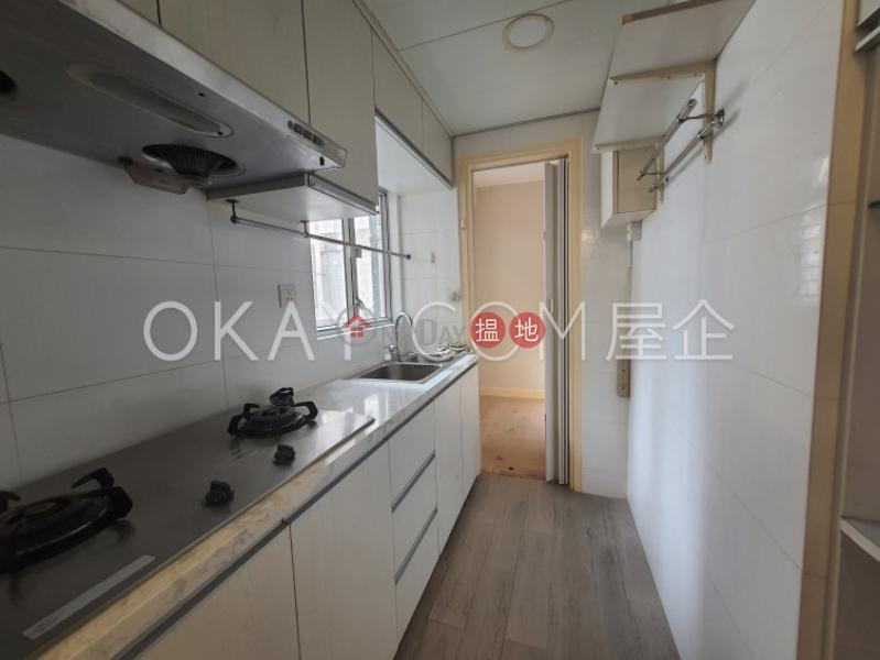 3房2廁,實用率高,露台鳳凰閣 1座出租單位 39堅尼地道   灣仔區 香港-出租 HK$ 33,000/ 月