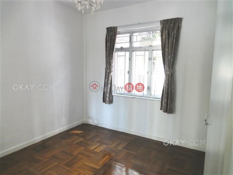 HK$ 29,000/ month, 15-16 Li Kwan Avenue, Wan Chai District Popular 3 bedroom on high floor | Rental