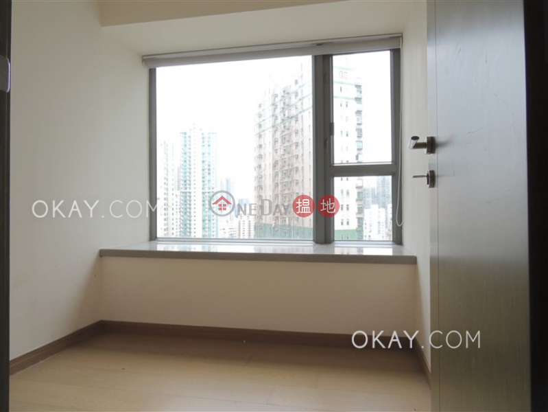 HK$ 31,000/ month | Centre Point, Central District, Rare 2 bedroom on high floor with balcony | Rental