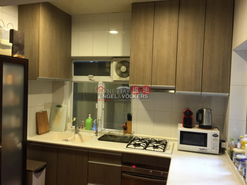 HK$ 25M | 1-1A Sing Woo Crescent | Wan Chai District 3 Bedroom Family Flat for Sale in Happy Valley