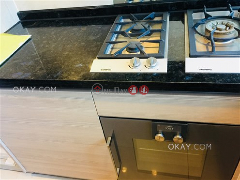 Luxurious 1 bedroom with balcony | Rental | The Avenue Tower 2 囍匯 2座 Rental Listings