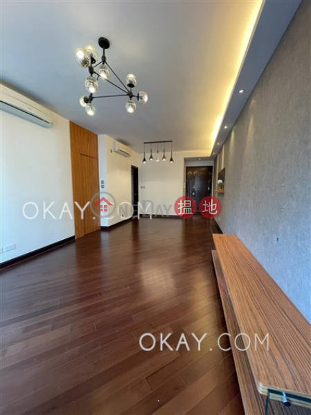 Practical 3 bedroom with balcony | Rental | Mayfair by the Sea Phase 1 Tower 21 逸瓏灣1期 大廈21座 Rental Listings