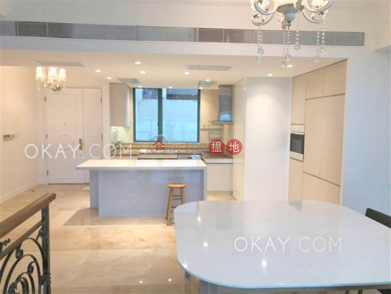 HK$ 138,000/ month | Phase 1 Regalia Bay Southern District Exquisite house with sea views, rooftop | Rental