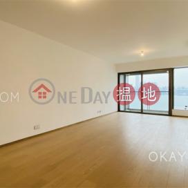 Beautiful 4 bedroom with harbour views & balcony | Rental