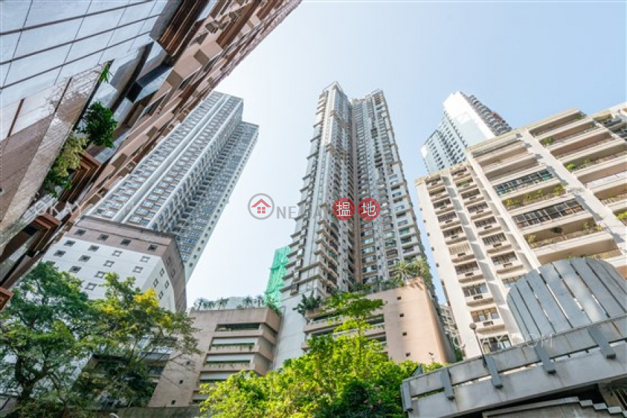 Popular 3 bedroom in Mid-levels West | Rental | Flourish Court 殷榮閣 Rental Listings