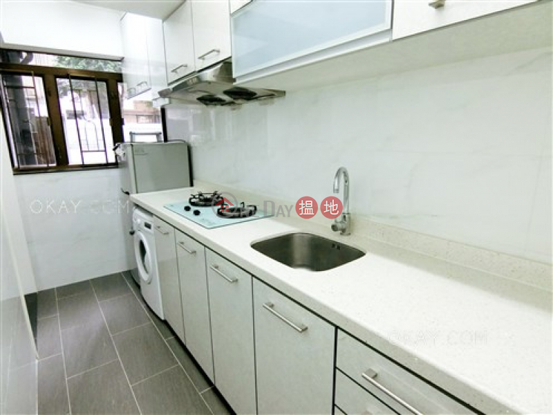 Unique 1 bedroom in Mid-levels West | For Sale | Corona Tower 嘉景臺 Sales Listings
