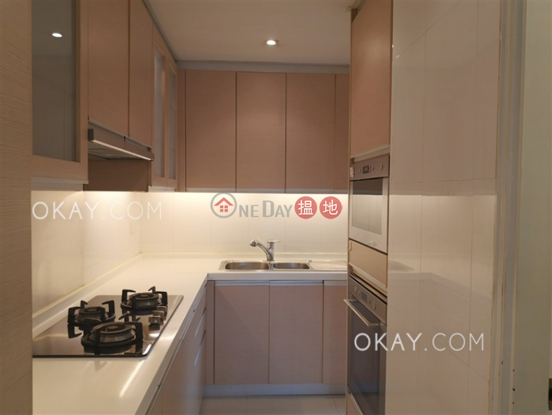 HK$ 57,000/ month   Hillsborough Court Central District Charming 3 bedroom with parking   Rental
