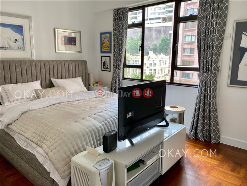 Gorgeous 3 bedroom with balcony & parking | Rental | William Mansion 惠利大廈 Rental Listings
