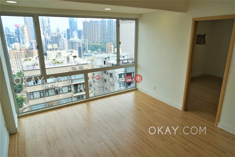 Popular 2 bedroom on high floor with rooftop & parking | Rental | Moon Fair Mansion 滿輝大廈 Rental Listings