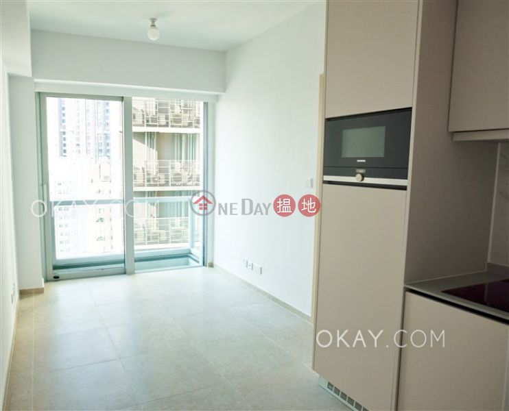 Unique 1 bedroom with balcony | Rental, Resiglow Pokfulam RESIGLOW薄扶林 Rental Listings | Western District (OKAY-R378713)