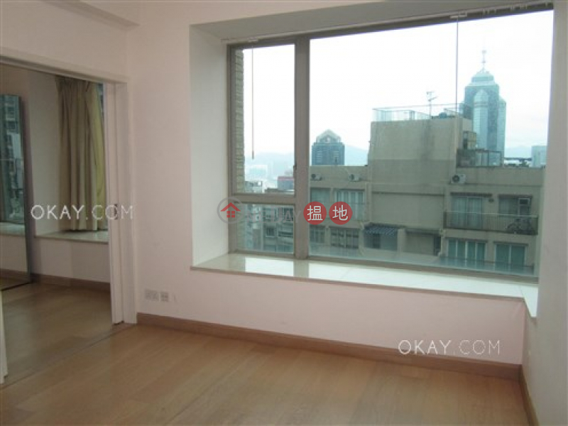 Lovely 2 bedroom with balcony   For Sale 31 Robinson Road   Western District Hong Kong Sales HK$ 33M
