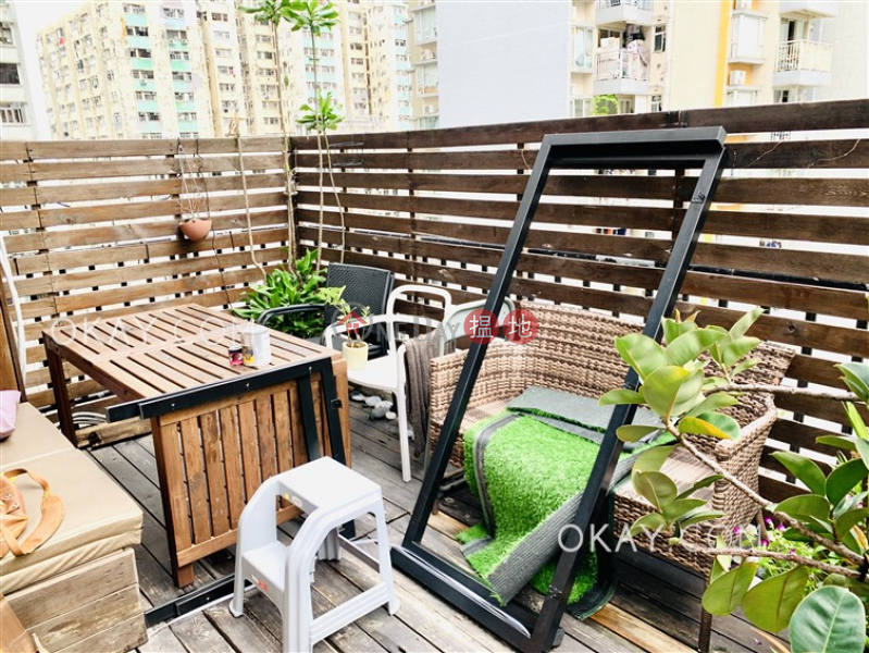 Cozy 2 bedroom on high floor with terrace | For Sale, 419 Queens Road West | Western District | Hong Kong, Sales HK$ 10M