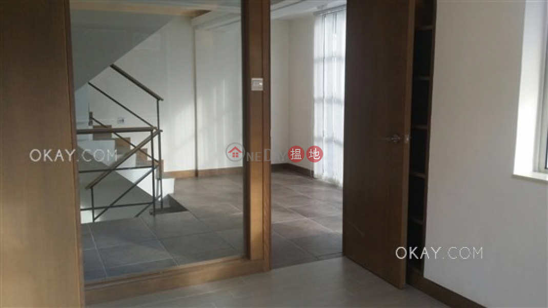 Gorgeous house with rooftop, terrace & balcony | For Sale | Hing Keng Shek 慶徑石 Sales Listings