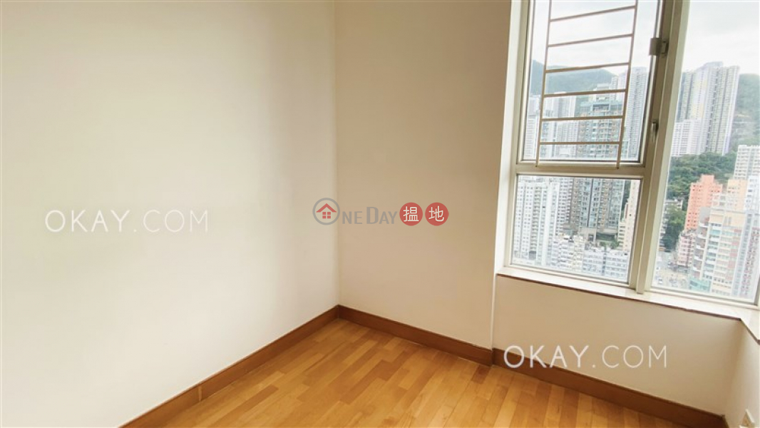 Elegant 2 bedroom on high floor with sea views | Rental | L\'Hiver (Tower 4) Les Saisons 逸濤灣冬和軒 (4座) Rental Listings